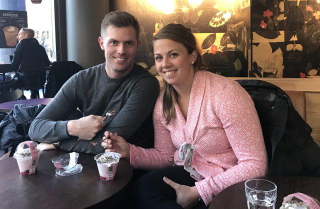 Tessan med sin pojkvän Jakob Glennemo, mycket duktig golfspelare, som hängde med oss på stan.